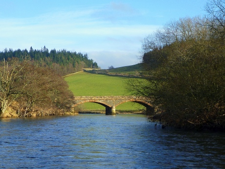 Manor bridge